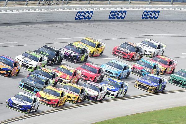 NASCAR and BetMGM announce multi-year sports betting partnership