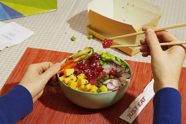Just Eat partners Notpla for eco-friendly takeaway boxes