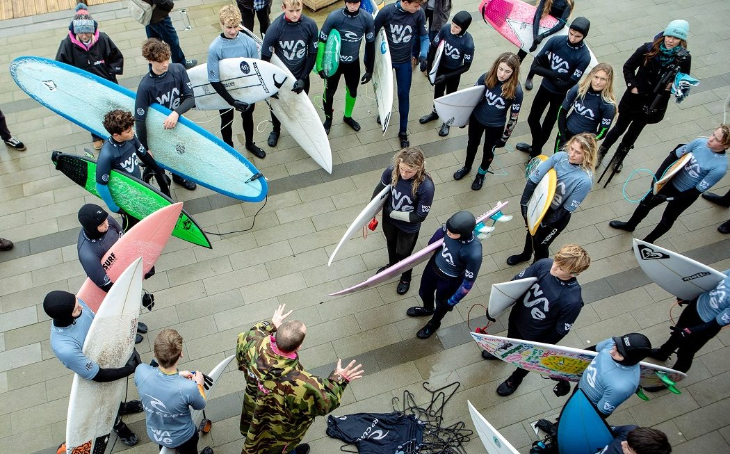 Surfing England on-boards Dryrobe as official sponsor