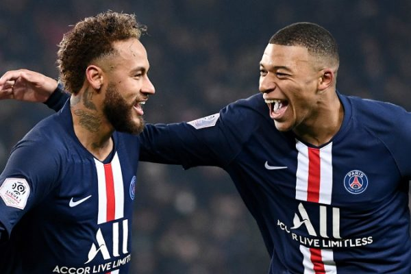 PSG signs 10-year licensing, e-commerce deal with Fanatics